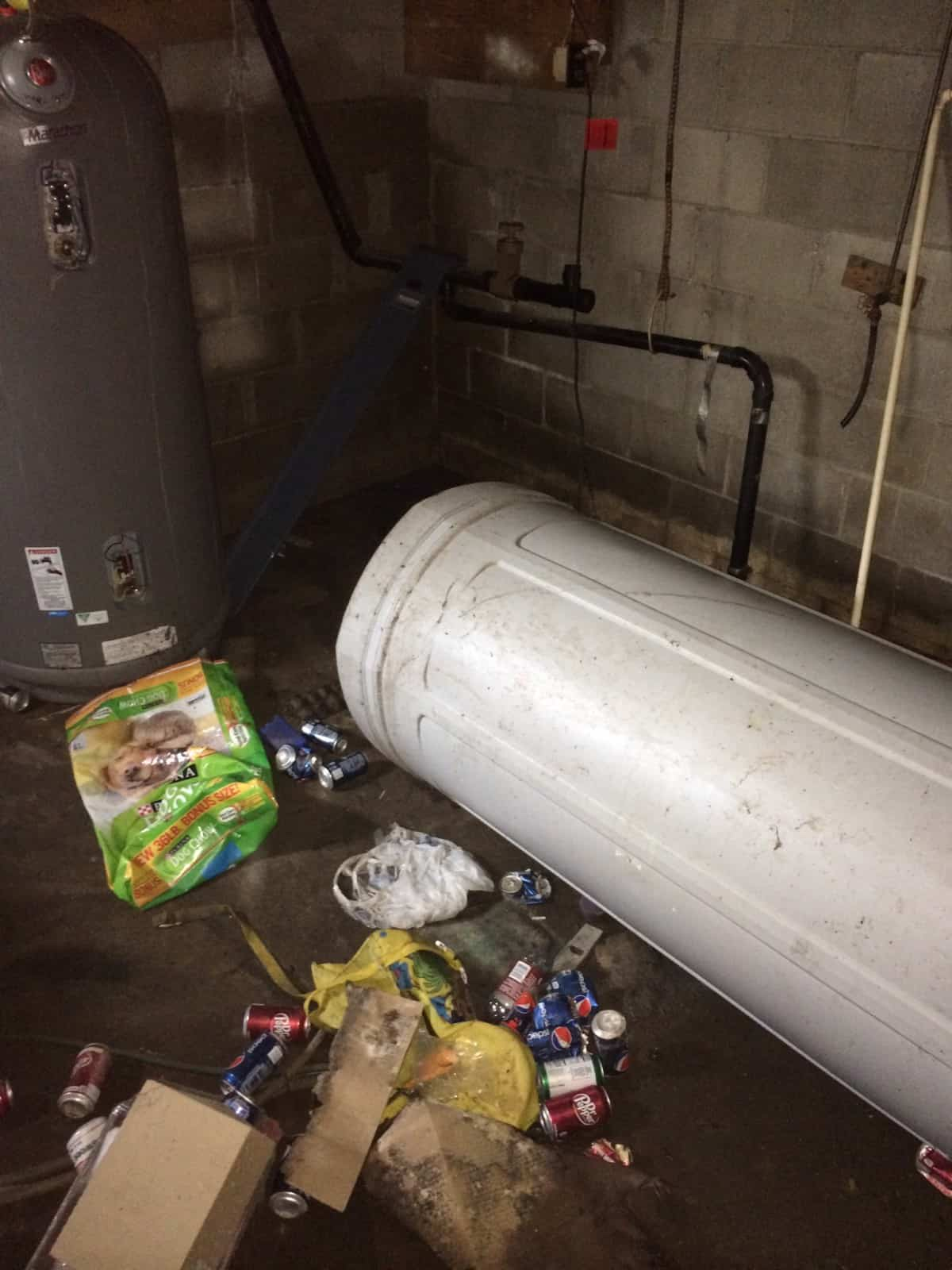 Sewer backup cleanup and restoration minnesota for Sewer backup smell in house